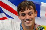 """""""Orgoglioso di essere gay e campione olimpico"""": il forte messaggio di Tom Daley dopo l'oro nei tuffi"""