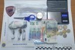 Taurianova, vendevano droga in piazza e al bar: due arresti
