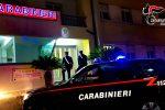 Bianco, 35enne armato di coltello aggredisce i carabinieri: arrestato