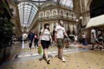 Coronavirus, risale l'Rt in Italia: la Sicilia a rischio moderato. Aumenta la variante Delta