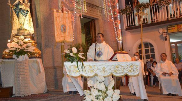 Madonna del Rosario, san nicola da crissa, Catanzaro, Società