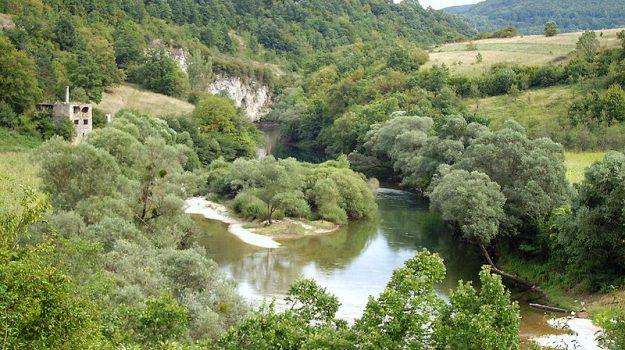 bimbo afghano morto, bosnia-erzegovina, croazia, Sicilia, Mondo