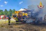 Incendio in un'officina di Laino Borgo: danni ad alcuni mezzi pesanti