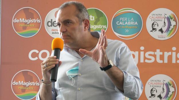 infrastrutture, statale 106, luigi de magistris, Calabria, Politica