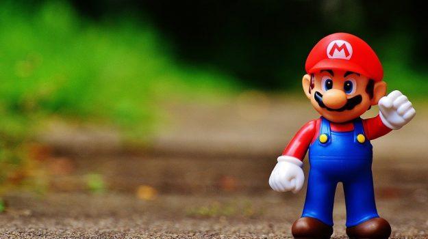 mano robotica, Super Mario Bros, Sicilia, Società
