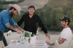 """""""L'Allegria"""" di Gianni Morandi con Jovanotti e Valentino Rossi: il video ufficiale"""
