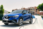 Renault lancia nuova Captur con tecnologia E-Tech Hybrid 145