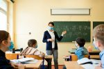 Scuola, i presidi: serve anche l'obbligo di vaccini anti-covid per gli studenti