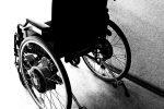 Palermo, migrante disabile abbandonato su uno scoglio: recuperato da un elicottero