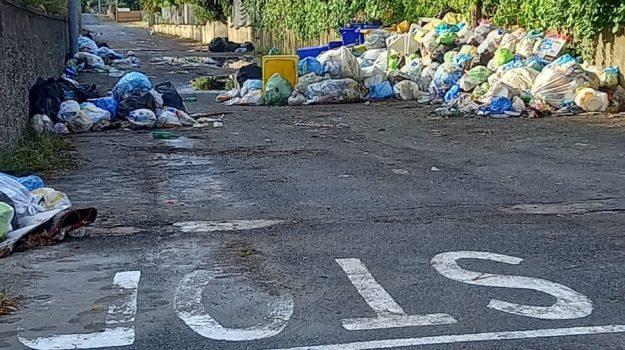 emergenza rifiuti, fuscaldo, Cosenza, Cronaca