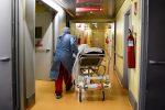 """In Sicilia la circolare """"svuota ospedali"""" per dribblare la zona gialla. Razza: """"Solo precauzione"""""""