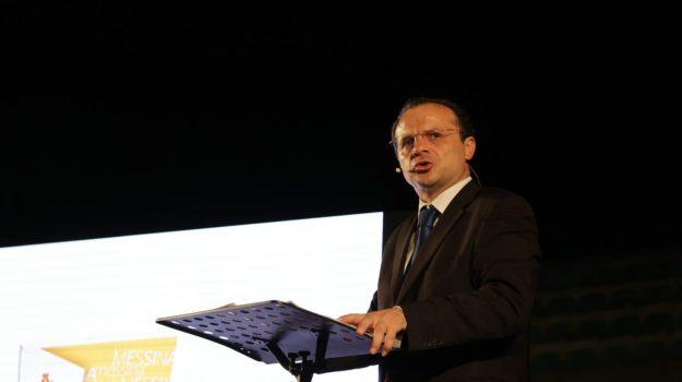 """Messina, De Luca: """"Centrati quasi tutti gli obiettivi"""". Ma poi torna a parlare di dimissioni... FOTO"""