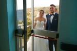 L'hospice realizza l'ultimo desiderio del nonno: partecipare al matrimonio del nipote
