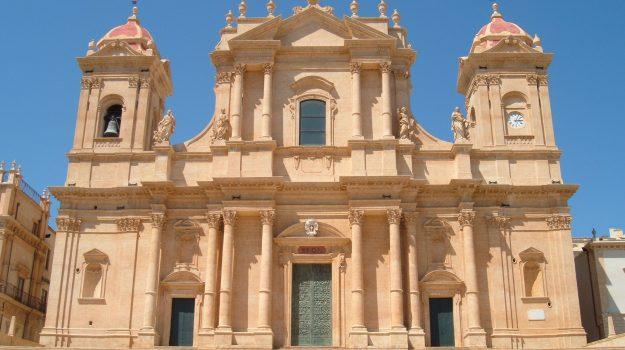 Sicilia, Calabria, Cronaca