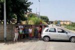"""Vibo Marina, è emergenza idrica. Cittadini esasperati bloccano la strada: """"E' una vergogna"""""""