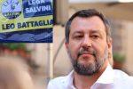 """Mascherine dal cielo targate Lega a Villapiana, Salvini: """"Non si lanciano, s'indossano"""""""