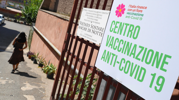 calabria, coronavirus, moderna, vaccini, Sicilia, Cronaca