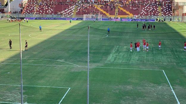 """Terreno insidioso al """"Granillo"""" di Reggio Calabria, ma la gara si gioca"""