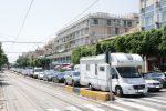 Stretto di Messina, scattata la prima ondata di controesodo. Tempi lunghi per l'attraversamento FOTO