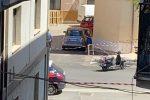 Il luogo della sparatoria in pieno centro a Corigliano Rossano