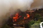 Incendi a Messina: paura a Castel di Lucio e Lipari