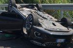 Incidente in autostrada tra Lamezia e Pizzo, coinvolte tre auto. Un ferito grave