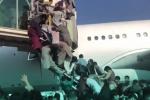 """Tornano i talebani a Kabul, è il caos: """"daremo serenità"""". Italiani in rientro dall'Afghanistan - FOTO"""