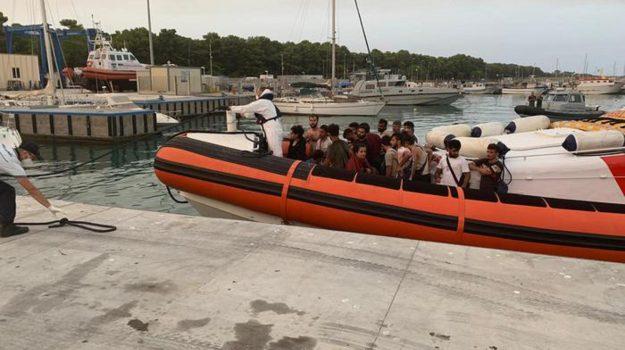 locride, migranti, sbarco, Reggio, Cronaca