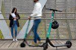 Dopo le bici, arrivano i monopattini a Reggio: così la mobilità diventa sostenibile