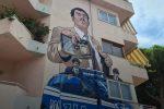 Diamante, il capo della polizia inaugura il murale dedicato al commissario Mascherpa