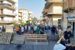 """Caldo, """"Acqua o guerra"""": barricate a Reggio Calabria"""