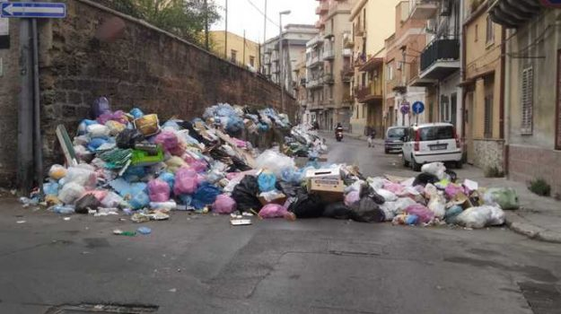 emergenza rifiuti, Sicilia, Cronaca