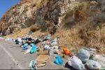 Messina, strade invase dai rifiuti. Via Noviziato è una discarica - VIDEO