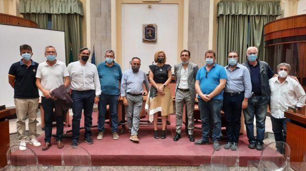 rifiuti, Dafne Musolino, Nicola Russo, Messina, Politica