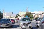 San Filippo del Mela, auto perde il controllo e va a sbattere contro... un'abitazione