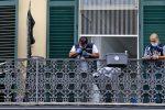 Napoli, bimbo di 4 anni precipita dal secondo piano e muore