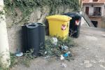 Benvenuti alla stazione di Santa Teresa... tra rifiuti, buche e degrado