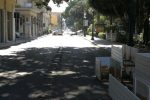 Reggio, i dehors sono stati rimossi ma la strada resta ancora chiusa
