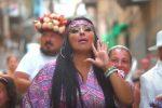 Malore in strada per la tiktoker trash Rita De Crescenzo, indagini e ricovero a Napoli