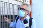 Messina, costretto a ritirare il pass disabili in barella. La rabbia del figlio