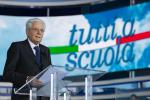 """Mattarella inaugura l'anno scolastico a Pizzo: """"Scuole mai più chiuse grazie ai vaccini"""""""