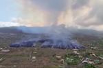 Spagna, eruzione Canarie: la lava copre 106 ettari e 166 case VIDEO