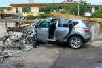 Con l'auto contro un muro sulla Nazionale 18: muore una 42enne di Rosarno
