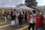 Nel giorno di Mattarella a Pizzo, vergogna a Porto Salvo: in tendopoli il primo giorno di scuola - FOTO