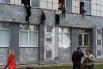 Tragedia in Russia, ecco la fuga dalle finestre degli studenti - VIDEO
