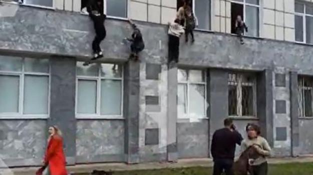sparatoria russia, università perm, Sicilia, Mondo