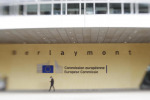 Ue adotta quadro per green bond, passi avanti verso emissioni