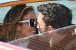 Jennifer Lopez e Ben Affleck incantano Venezia. Ed è subito... passione in laguna- FOTO