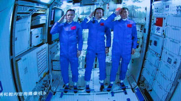 astronauti cinesi, record, spazio, Sicilia, Mondo