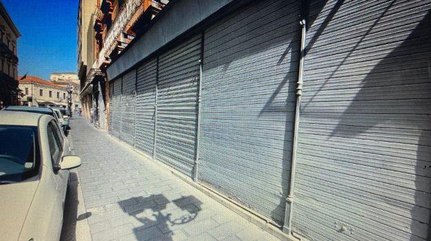 catanzaro, negozi chiusi, Catanzaro, Cronaca
